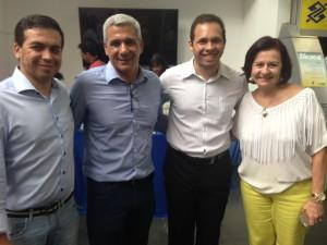 Josimário Derbli, secretário-adjunto de Educação; Marcelo Salomão, superintendente; Ian Leal, coordenador da Campanha; e a secretária de Educação, Maria Cecilia Amendola da Motta.