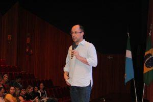 """Humberto Dantas: de que maneira conseguimos """"ler"""" a atitude dos jovens?"""