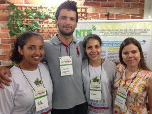 Rita, Adam, Maria Dolores e Mariana, estudantes e professores envolvidos no projeto contra a mosca-da-vinhaça